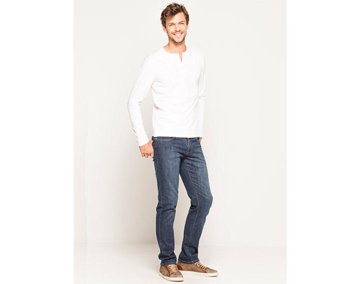 T-shirt homme coton bio* flamme garment dyed col tunisien. D - 35€