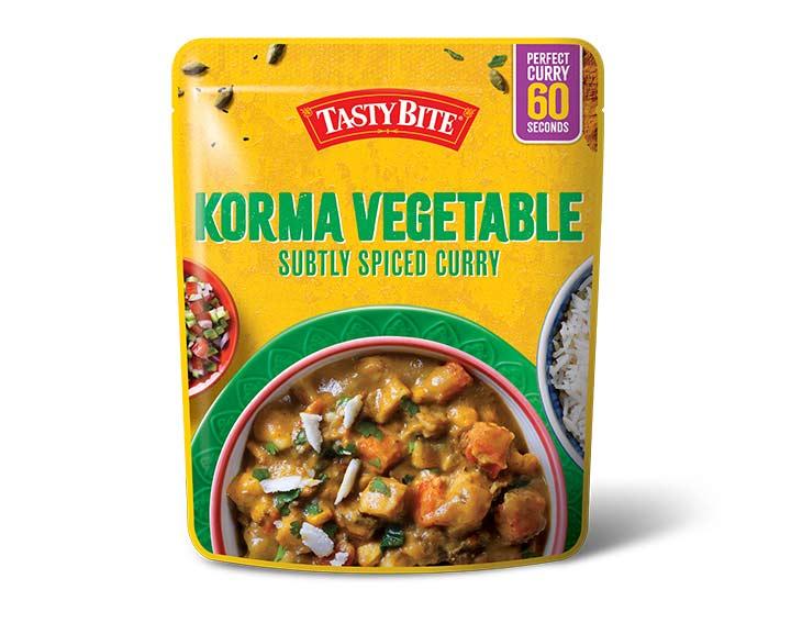 Korma Vegetable Subtly Spiced Curry 285g