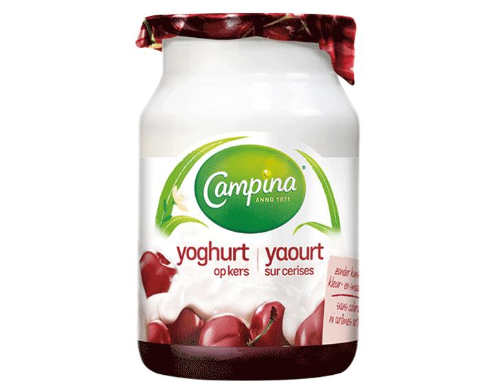 Yoghurt op Kers