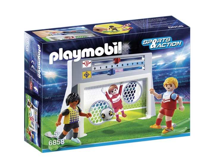 Cage de tir au but avec footballeurs