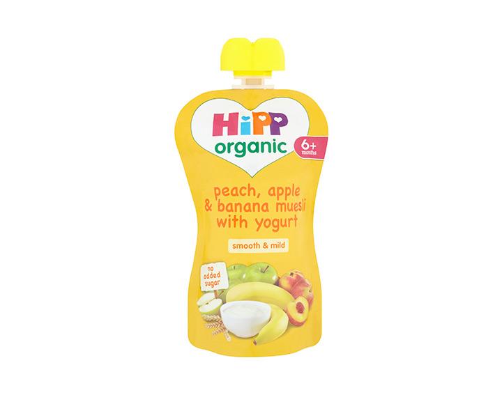 Peach, apple & banana muesli with yogurt